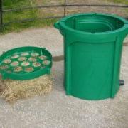 Green Eazigrazer Hay Feeder